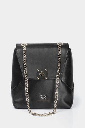 Mini mochila acris de cuero para mujer detalle de cadena